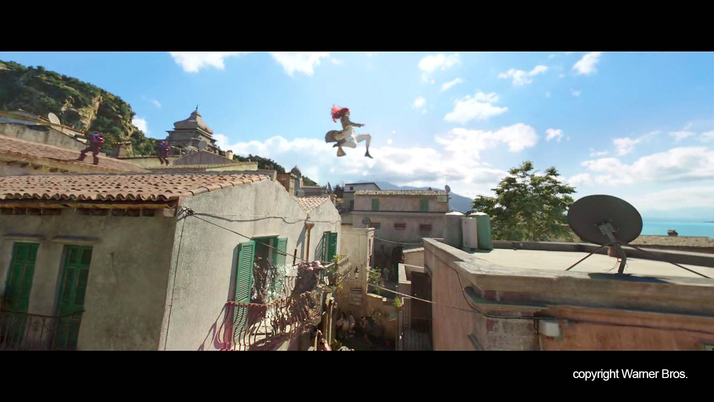 """Mera jumps over the roofs in """"Erice"""""""