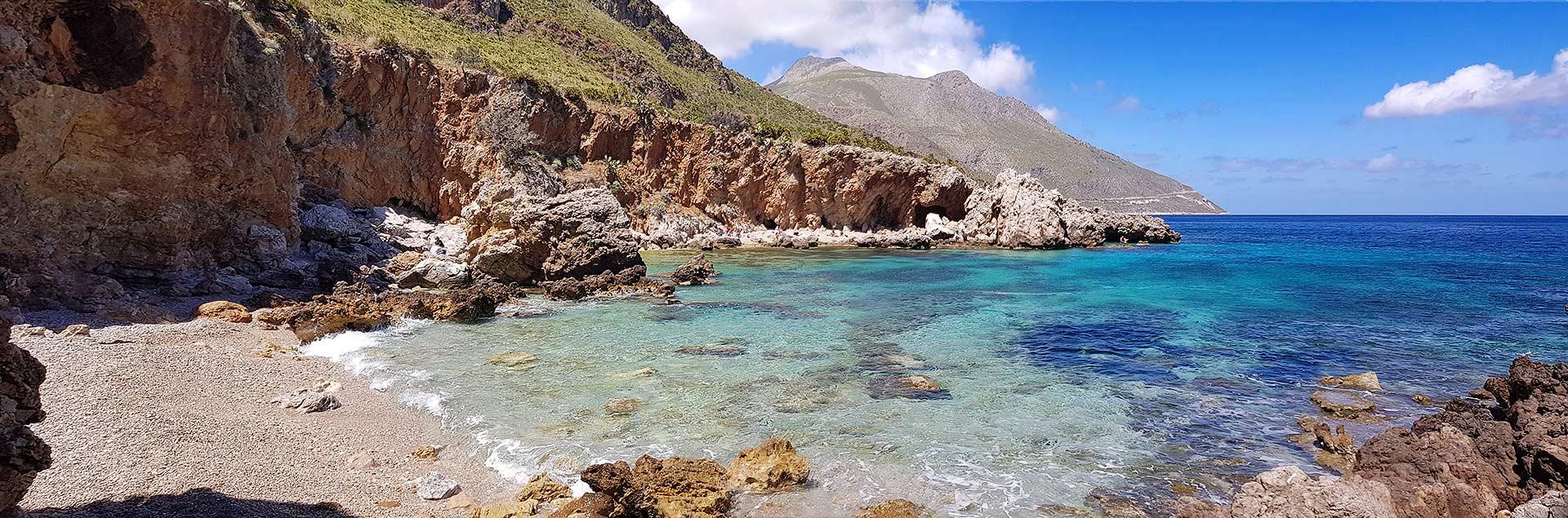 The pebble beach of Cala della Disa
