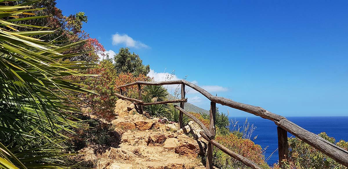 A short climb near Punta Leone